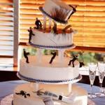 Action movie wedding cake [pic]