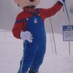 Super Mario hits the slopes [pic]