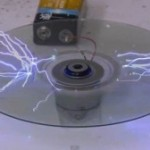 Erase a CD with electricity [amazing video]
