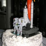 Space Shuttle Atlantis Wedding Cake [pic]