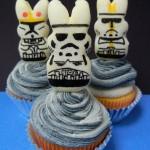 Stormtrooper Peeps on Cupcakes [pic]