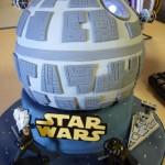Star Wars LED Powered Death Star Birthday Cake [pic]