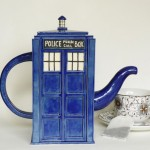 TARDIS Teapot [pic]