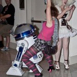 R2-D2 Likes to Party [pic]