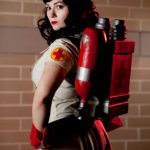 Female Team Fortress 2 Medic Cosplay [pic]