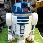 Amazing R2-D2 Cake [pic]