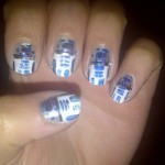 R2-D2 Fingernail Art [pic]