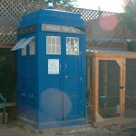 A Guy Builds A TARDIS Chicken Coop For Worlds Luckiest Chickens [pic]