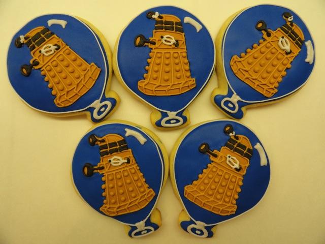 Balloon Dalek Cookies