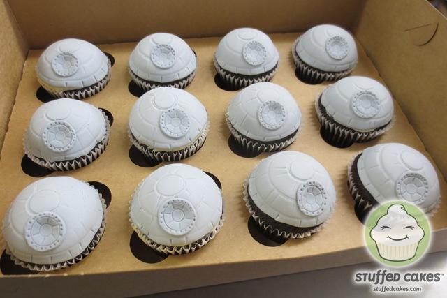 Star Wars Death Star Cupcakes