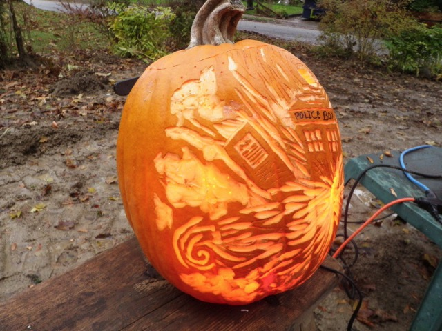 Doctor Who Exploding TARDIS Pumpkin Carving in Daylight