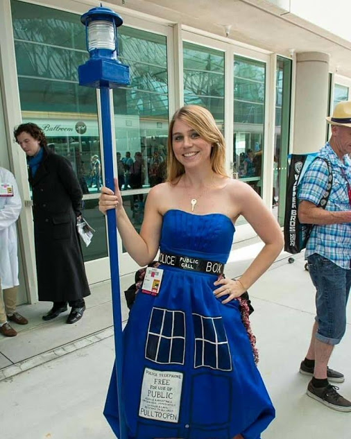 TARDIS Dress Cosplay