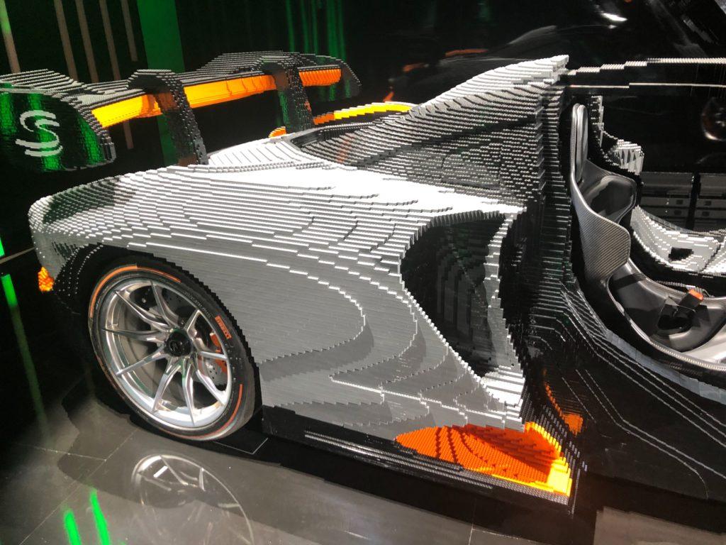 LEGO brick McLaren Senna Back