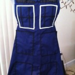 Doctor Who TARDIS Cooking Apron [pic]