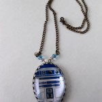 R2-D2 Cameo Necklace [pic]