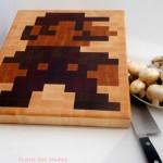 8-Bit Mario Wooden Cutting Board [pic]