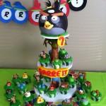 Amazing Angry Birds Cupcake Tower [pics]