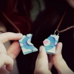 Companion Cube Friendship Necklaces [pic]