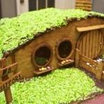 Bilbo Baggins Gingerbread Hobbit Hole [pic]