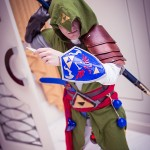 Link Meets Ezio in This Awesome Mash-Up Cosplay