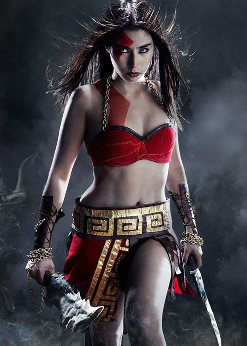 Female God of War Cosplay
