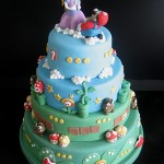 A Super Mario Bros wedding cake even Peach would love